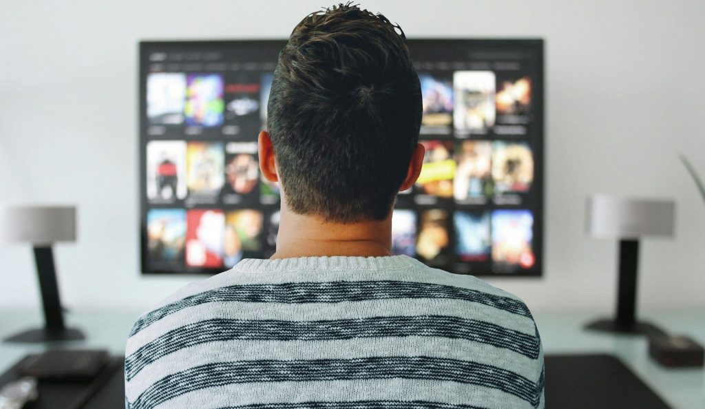 15 Easy ways to saving money faster Get your home the theater