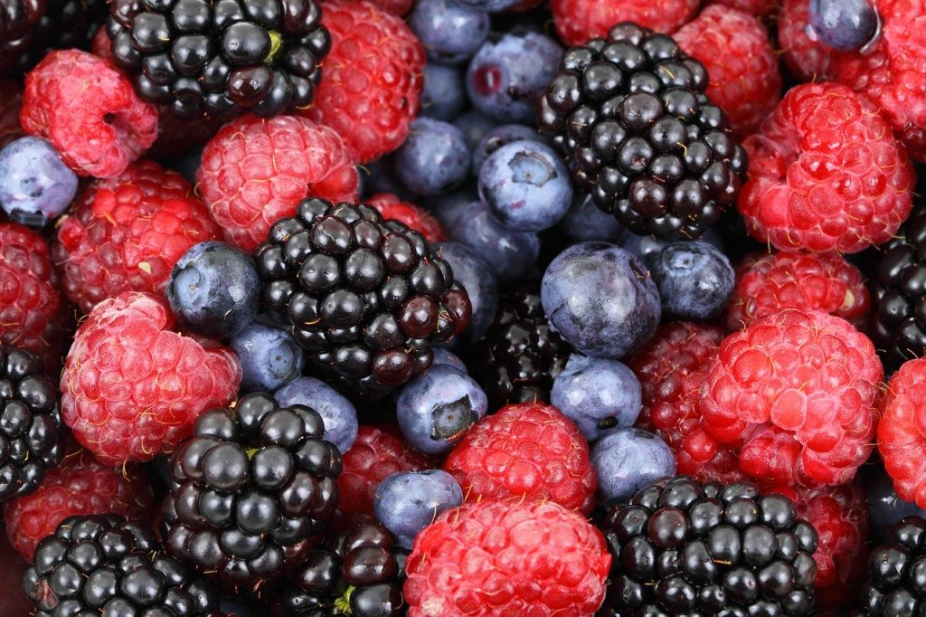 You Should Never Ever Put Berries Foods In The Fridge